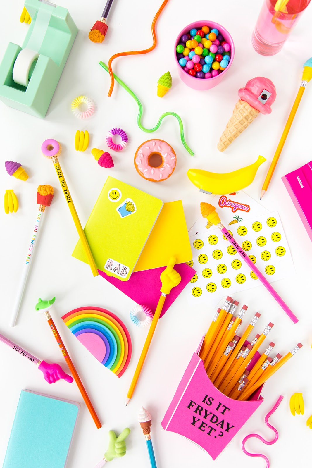 School Supplies DIY Ideas - oh yes we ADORE stationery, school supplies and anything back to school related. I always had a thing about stationery when young and loved making school supplies diys or personalising my stationery.